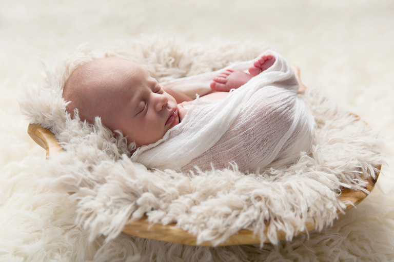 newborn baby photographer toowoomba sarah gage photography ella 7