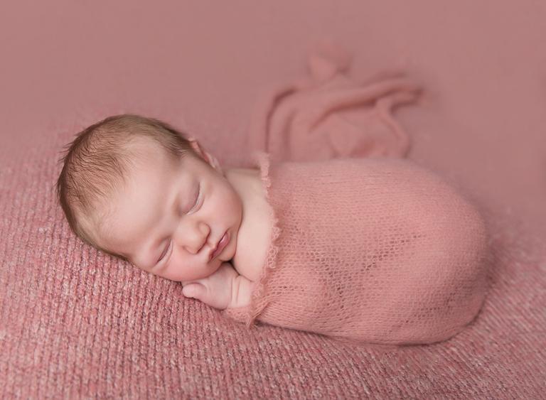 newborn baby photographer toowoomba sarah gage photography 2