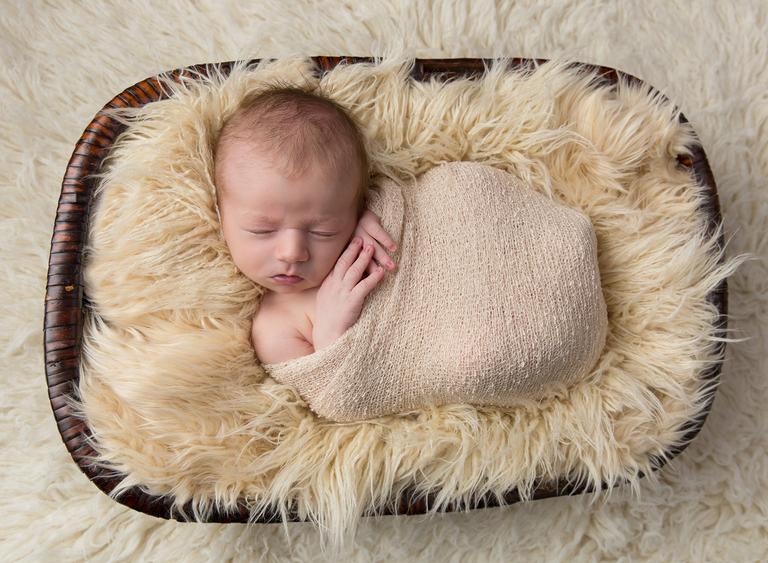 Newborn baby photographer toowoomba darling downs sarah gage photography 3
