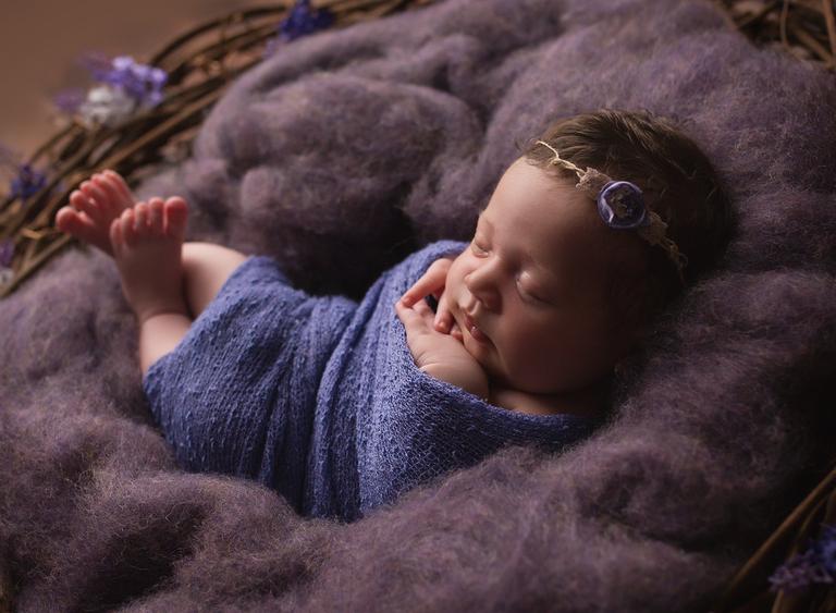 Newborn baby photographer toowoomba sarah gage photography 5