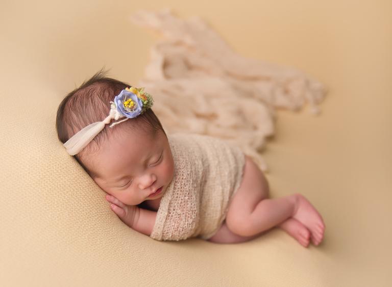 Newborn baby photographer toowoomba sarah gage photography 6