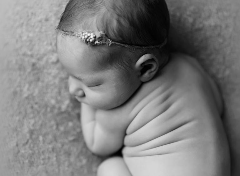 Newborn baby photographer toowoomba sarah gage photography 8