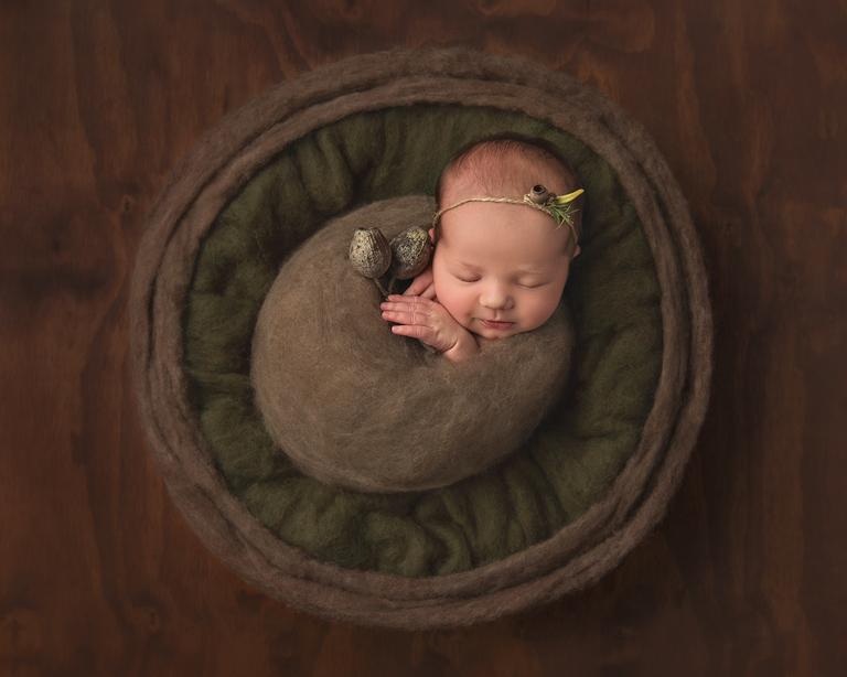 Sarah Gage Photography Toowoomba Award Winning Newborn Photographer 4