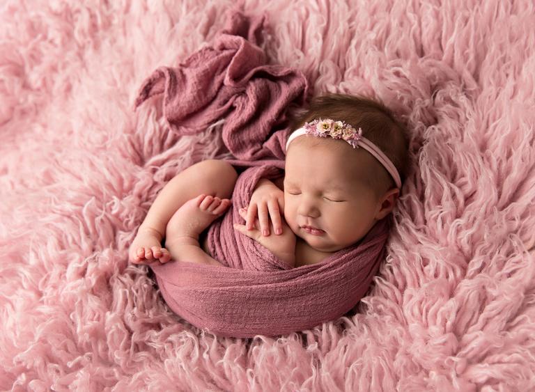 Toowoomba Newborn Photographer Sarah Gage Photograph 2