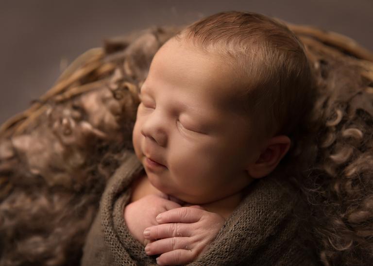 Toowoomba Newborn Photographer 4